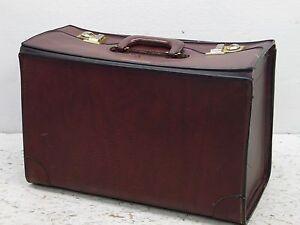 Vintag PEGASUS Brown LEATHER SALESMAN  Briefcase G. Heileman brewing advertising