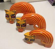 3 Gatos de Madera Arte Popular Pintados a Mano Rojo/Amarillo/Morado