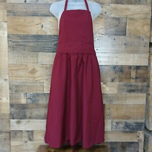 Quality Apron with Deep Pockets and Adjustable Neck Strap, Size Medium - Maroon