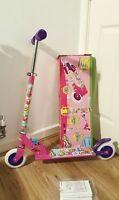 Shopkins In-Line Scooter.
