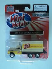 CLASSIC METAL WORKS 1960 FORD  BOX TRUCK  OSCAR  MAYER   1/87  HO PLASTIC
