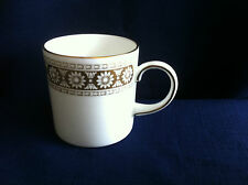 Wedgwood Marguerite large coffee can
