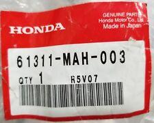 NOS 1995-1999 HONDA SHADOW ACE VT1100 HEADLIGHT STAY BRACKET 61311-MAH-003