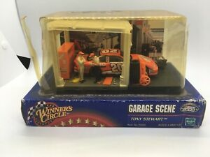 "2000' HASBRO-NASCAR WINNERS CIRCLE, ""TONY STEWART"" GARAGE SCENE"