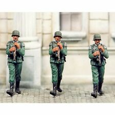SOL RESIN FACTORY, MM078,1:35, CLARINET PLAYER (3 FIGURES)