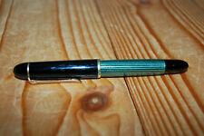 Pelikan 140 Kolbenfüller 14C 585 Goldfeder grün gestreift