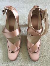 Gucci Satin Champagne Color Shoes size 8B