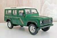 LAND ROVER DEFENDER COUNTY 1:43 SOLIDO Réf. 1543