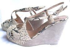 Sandalette mit Keilabsatz und Plateausohle von Buffalo, Reptillook Gr. 37 NEU