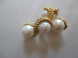 AVON VINTAGE*ELEGANCE COLLECTION DOUBLE PEARL EARRINGS W/SURGICAL STEEL POST*NEW