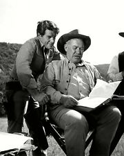 "WARD BOND AND ROBERT HORTON IN ""WAGON TRAIN"" - 8X10 PUBLICITY PHOTO (NN-187)"