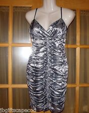 Women's Cocktail dress - Evening - Size Med - Silver/Black - Crimped - Gorgeous!