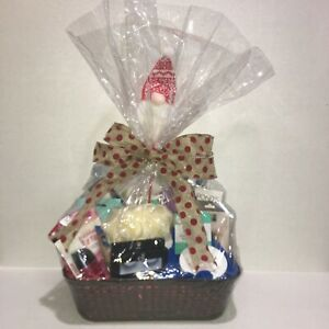 Gnome Holiday Beauty Gift Basket For Women / Teens 17pc New