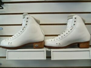 Riedell 2010 Fusion Ladies Boot 7.5 AA/AAA