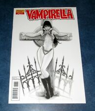 VAMPIRELLA 34 HIGH END ONLY 50 MADE Neves B/W variant 1st print DYNAMITE NM 2014