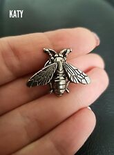 Fab Small Vintage Antique Silver Tone Bee Brooch Pin Badge Broach Metal Lapel