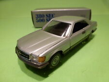 NZG MODELLE MERCEDES BENZ 380 - 500 SEC - SILVER GREY 1:43 - VERY GOOD CONDITION
