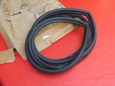 NOS RARE GM 86-91 Buick Oldsmobile Pontiac RH rear door weatherstrip # 20676734