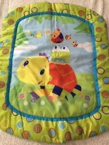 Bright Starts Green Blue Red Yellow Purple Circles Bees Turtle Baby Play Mat