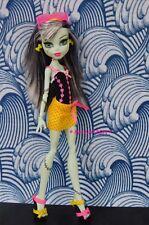 Monster High Draculaura's GLOOM BEACH Outfit