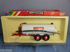 "BRITAINS MODEL No.9563  "" BAUER ""  VACUUM TANKER WITH SUCTION HOSE       VN MIB"