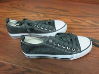 Women's Epicstep Epic Step casual canvas shoe sneaker size 6