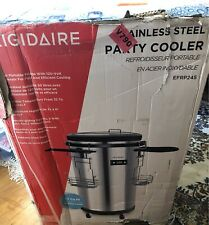 Frigidaire 42-Bottle/Can Single Zone Refrigerated Party Cooler / Stainless Steel