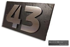 Hausnummerschild Hausnummer Edelstahl Design mit Wunschnummer auf Schiefer