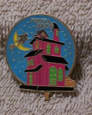 2008 FIESTA WITCH OVER THE MOON BALLOON PIN