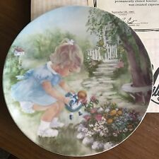 """R J Ernst """"Stop and Smell  the Roses"""" 8 1/2"""" Plate. Signed, NIB with COA"""