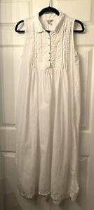 Vintage April Cornell White Sleeveless Cottagecore long dress Size Small