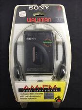 Sony Walkman WM-FX22 Portable Cassette Player Headphones NEW A8
