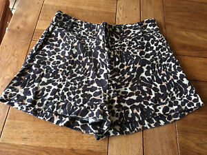 Fabulous Animal Print SOSANDAR Shorts Size 12 Preowned Exc Cond