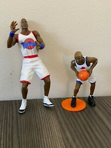 1996  ~ Michael Jordan ~ Tune Squad Basketball Action Figure Lot of 2