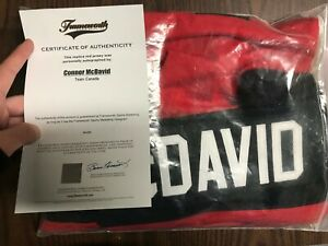 Connor McDavid #17 Replica Team Canada Jersey with Original Autograph