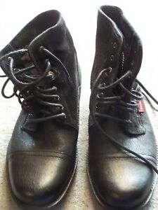 LEVI'S - MENS - ANKLE BOOTS-FOWLER BLACK-LEATHER and SUEDE - SIZE 9-WORN ONCE