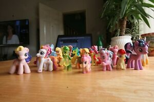 Miniature My Little Pony  Hasbro Bundle 21 mini figures ponies