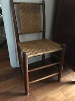 ANTIQUE FARMHOUSE FLAT REED WOVEN WOODEN CHAIR 1800s HERRINGBONE WEAVE SEAT/BACK