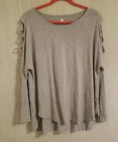 A&I Women's Cut Out Sleeve Detail Thin Gray Top Size 1X RN#129450