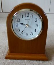 SEIKO WOODEN MANTEL CLOCK - QUARTZ