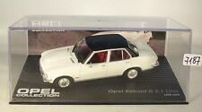Opel Collection 1/43 Opel Rekord D 2,1 Liter weiß 1973 - 1977 in Plexi Box #7187