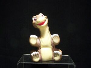 """Vintage 1988 Pizza Hut """"The Land Before Time"""" Puppet: Little Foot"""