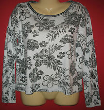 WEEKEND CLOTHES LINE - BLACK & WHITE - COTTON/POLY KNIT PULLOVER  TOP - M