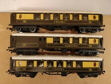 Triang Pullman Coaches x 3 - OO Gauge