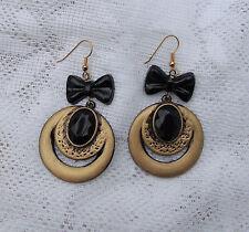 Markenlose Mode-Ohrschmuck aus Kunststoff