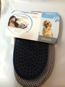 Four Paws Magic Coat Blue Love Glove Grooming Mitt Dog Cat Hair Gentle Bather