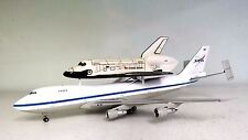 Boeing 747 with Space Shuttle Set NASA a die-cast model in 1/200 scale
