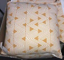 """Mustard yellow & white cushions 18"""" x 18""""  45cm x 45cm Ex Homebase NEW"""