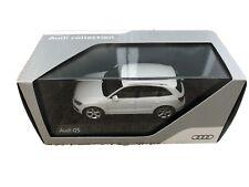 Audi Q5 1:43 Ibisweiss Modellauto