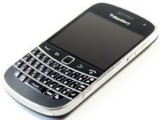 BlackBerry Bold 9900 Smartphone Schwarz - QWERTZ - 8GB - ohne SIMlock, ohne Akku
